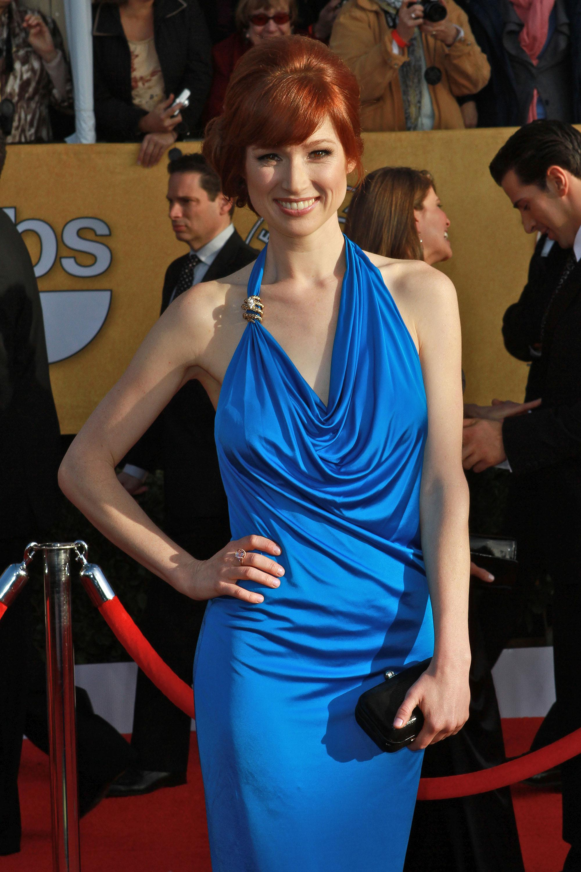 Ellie Kemper Nude Naked Pics And Videos Imperiodefamosas