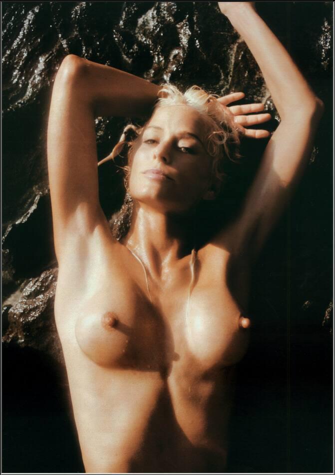 sexiest females naked scissor fucking